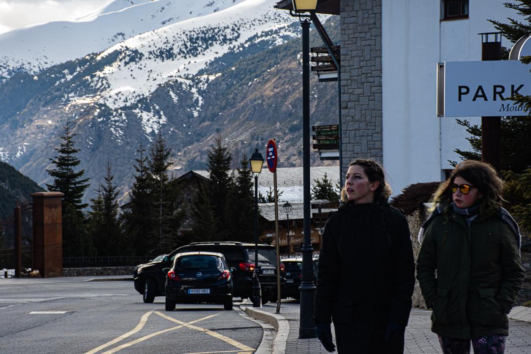 Dar un paseo polos arredores do hotel, charlar con quen compartes a viaxe ou desfrutar no balcón dunha infusión. Detalles que poderías saltarte de priorizar o móbil ao remate do día.